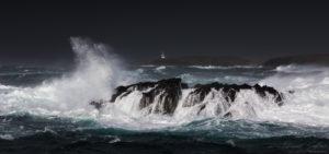 sea-breaking-on-da-alter-by-david-gifford
